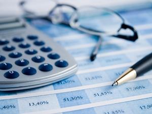 accountant-at-work